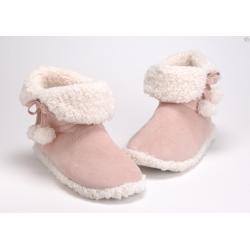 Zapatillas  bota pompones  rosa